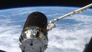 Космический грузовой корабль «Конотори 5» успешно состыковался с МКС