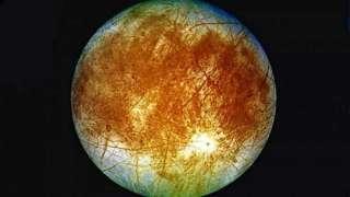 НАСА собирается запустить на спутник Юпитера спускаемый аппарат