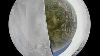 Спутник Сатурна – Энцелада содержит воду под толстым слоем льда