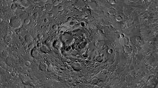 Астрономы получили новые фото северного полюса Луны