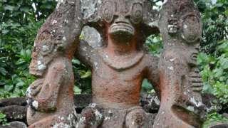 Остров Нуку-Хива – древние статуи рептилоидов