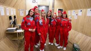Женщины-космонавты отправились в земной полет на Луну