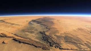 Сотрудники НАСА определили, с какой скоростью в атмосфере Марса происходит эрозия