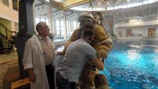 Члены новой экспедиции на МКС приступили к тренировкам