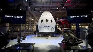 Компании NASA и SpaceX Dragon заключили контракт на создание пилотируемого корабля