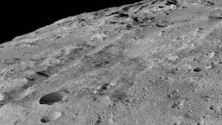 В сети появилась фотография поверхности Цереры в высоком разрешении