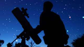 Российский астроном за неделю открыл два астероида и комету