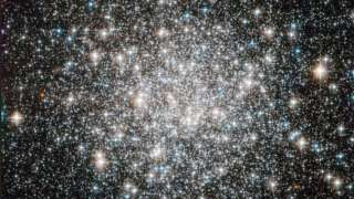 Телескоп «Хаббл» заснял звездное скопление «космические алмазы»