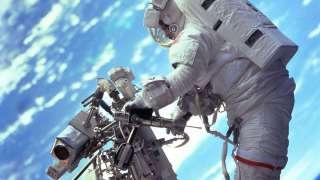 Российские космонавты собираются впервые в 2016 году выйти в космос