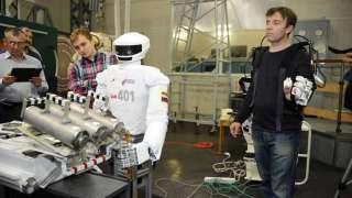 Российские специалисты создадут робота-аватара для работы в космическом пространстве