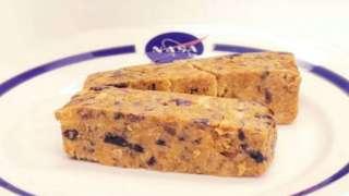 В космосе решили еду в тюбиках заменить батончиками