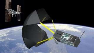 Спутники смогут приземляться при помощи парашюта