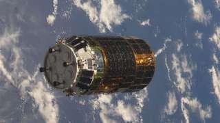 """Японский аппарат """"Конотори-6"""" займется очисткой космического пространства от мусора"""
