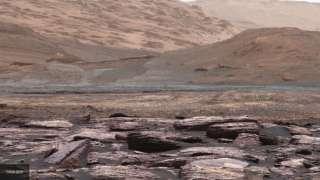 На Марсе была найдена крупная вмятина неизвестного происхождения