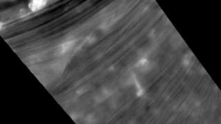Гигантский шестиугольник Сатурна попал на видео