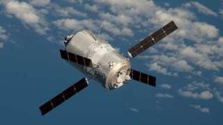 Российский оператор рассматривает возможность запуска коммерческих спутников к Луне