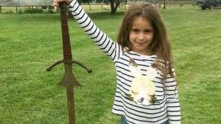 В Англии нашли легендарный меч Экскалибур
