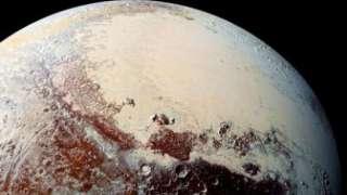 Плутон меняет свою температуру и нагревается