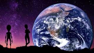 Уфологи заговорили о новогоднем вторжении инопланетян