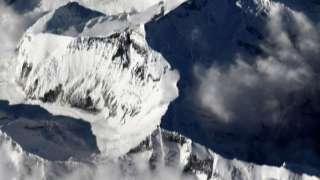 Российский космонавт показал Эверест из космоса