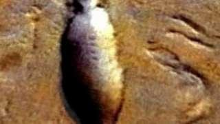 На поверхности Марса обнаружен древний космический корабль