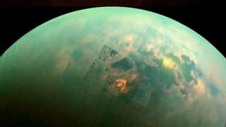 Учёные подозревают, что на крупнейшем спутнике Сатурна есть жизнь