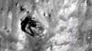 Уфологи нашли на поверхности Луны разрушенный танк