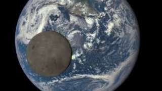 Китай запустил проект по изучению темной стороны Луны
