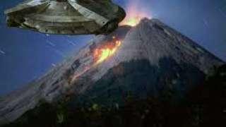 Уфологи объяснили, почему инопланетяне появляются рядом с извергающимися вулканами
