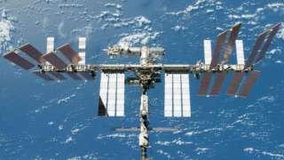 Камерами с МКС зафиксирован НЛО, летающий над Землей
