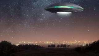 Американец показал коллекцию снимков с НЛО, которую собирал два года