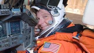 Бывший астронавт NASA считает, что план по возвращению на Луну необходимо переделать