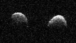 Астрономы получили снимки очень редкого и опасного астероида 2017 YE5