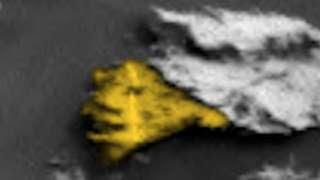 На поверхности Марса найдено окаменевшее лицо инопланетянина