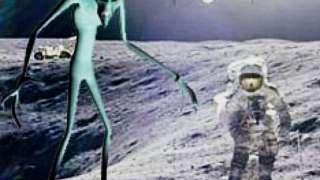 Инопланетяне запретили людям взрывать атомные бомбы на Луне