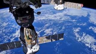 """Американские астронавты отрицают причастность к порче российского корабля """"Союз"""""""