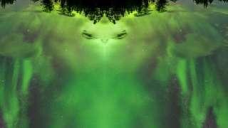Отредактировав снимки, фотограф увидел зловещего инопланетянина