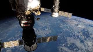 """NASA активно участвует в расследовании инцидента с утечкой воздуха в """"Союзе"""""""