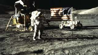 """Ученые раскрыли тайну """"лунной болезни"""", из-за которой умирают американские астронавты"""