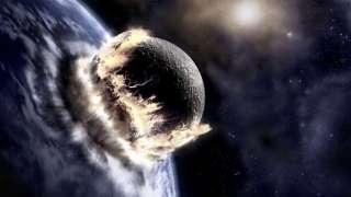 Ученые рассказали о возможности столкновения Луны с Землей