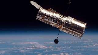 Телескоп Hubble вернулся к работе после поломки и поразил новыми красочными снимками космоса