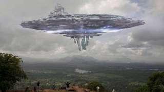 Путешественник столкнулся с невероятным НЛО, каких прежде никто никогда не видел, сделал снимок и поразил Сеть