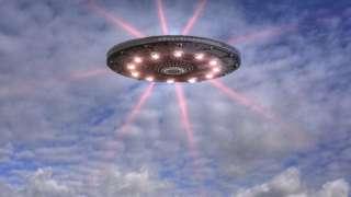Корабль пришельцев проплыл в Дублинском заливе, попал на видео и поразил мир