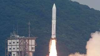 Японская ракета «Эпсилон-4» вывела на орбиту семь спутников