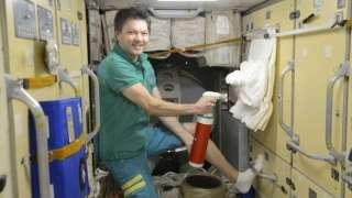 На МКС впервые испытали космические огнетушители