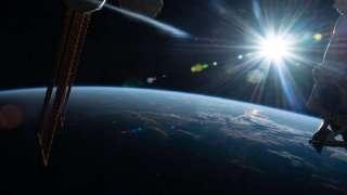 К МКС приближается неопознанный летающий объект