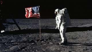 Американские эксперты рассказали, почему сомневаются в реальности высадки астронавтов NASA на Луне