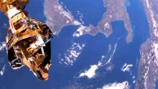 Лучшее видео от Роскосмоса: Полёт египетского спутника над Землей впечатлил Сеть