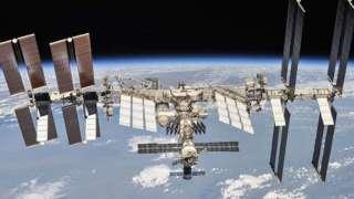 С МКС опасно сблизились более 600 объектов за всё время работы на орбите