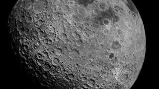 Ученые: Поверхность Луны буквально усыпана глубочайшими трещинами